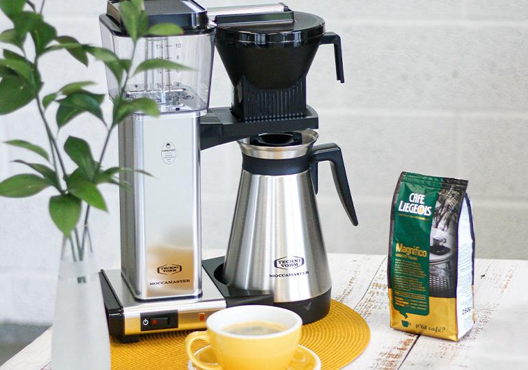 Pārlejamu filtru kafijas automāti