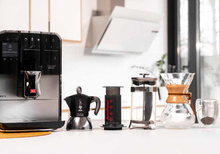 Skirtingi kavos ruošimo aparatai